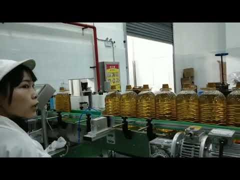 linea di produzione della macchina di riempimento della bottiglia di olio della pompa di automobile idraulica del motore mobile di lubrificazione